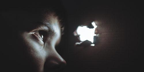 हिंदी कविता : बाल बलिदान