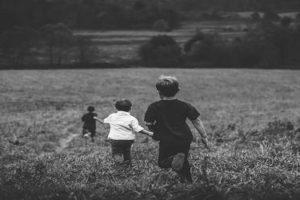 बचपन की यादों पर कविता